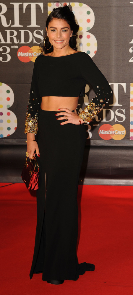 Jessie Ware's maxi skirt and crop top combo