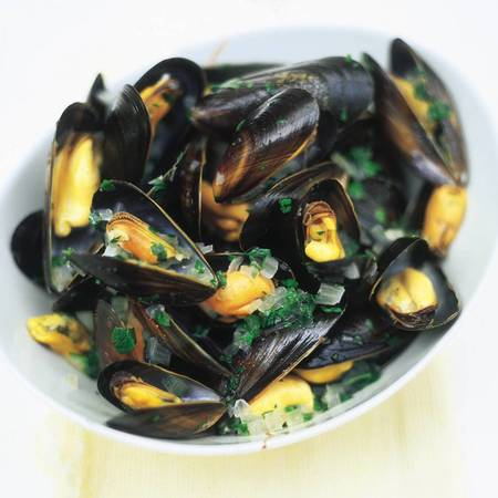 Moules a la mariniere by Jamie Oliver