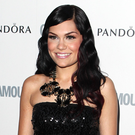 Jessie J's vintage waves