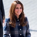 Pregnant Kate Middleton tucks in to local veggie curry