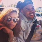 The 7 O'Clock Roundup: Rihanna hits back at Chris Brown?