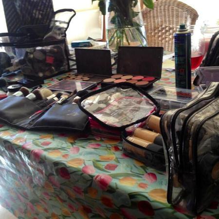 Lydia Bright MAC makeup kit