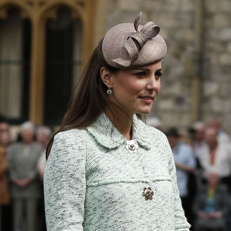 Kate Middleton clashes brown hat and green coat