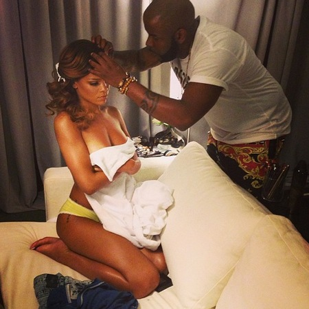 Rihanna naked hairstyling session
