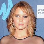 CELEBRITY HAIR: Jennifer Lawrence's short curls