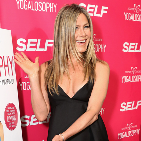 Jennifer Aniston wears LBD at yoga book launch