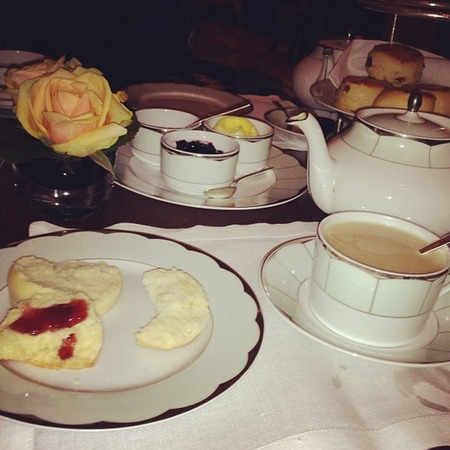 Kim Kardashian enjoys afternoon tea
