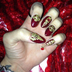 NAIL ART: Katy Perry's Killer Queen perfume nails