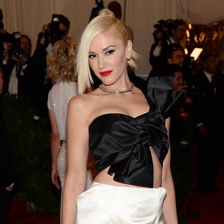 Gwen Stefani at 2013 met ball - Gwen stefani red carpet looks - Gwen Stefani fashion - celebrity fashion - handbag.com