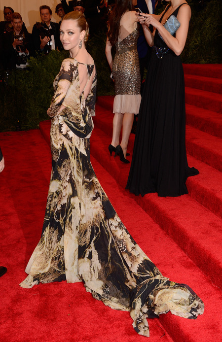 Amanda Seyfried in Givenchy dress at Met Ball 2013