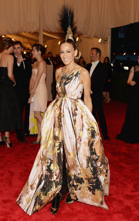Sarah Jessica Parker wears Giles at Met Ball 2013