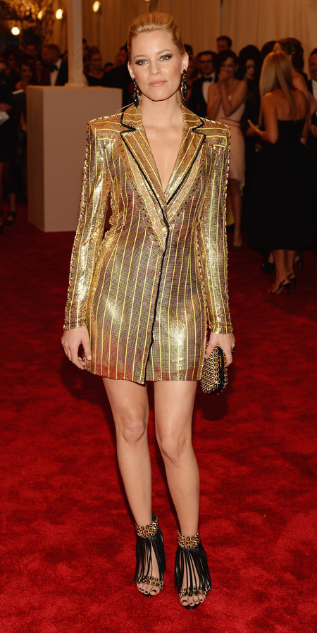 Elizabeth Banks wears Versace mini dress to Met Ball 2013