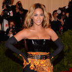 Beyoncé blows £750 on Nando's takeaway