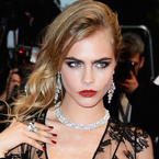 WATCH: Cara Delevingne proves she can sing