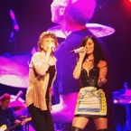WATCH: Katy Perry performs with Rolling Stones