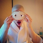 Jessie J's on a roll with Instagram bread jokes