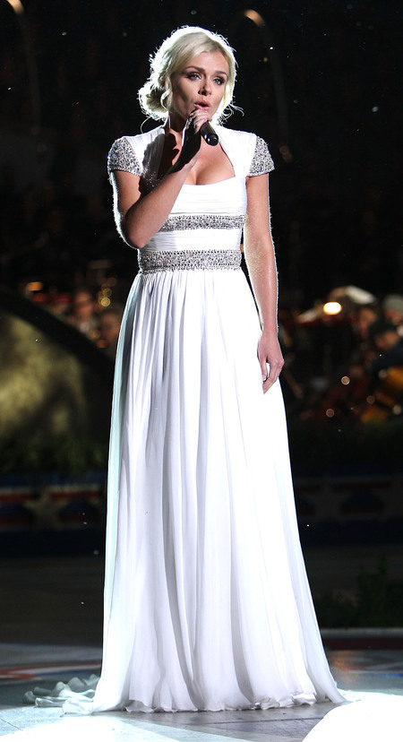 Katherine Jenkins performs at 2013 National Memorial Day Concert