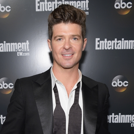 Singer Robin Thicke