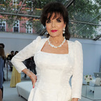 How to be Joan Collins