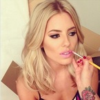 5 reasons Mollie King is our beauty crush