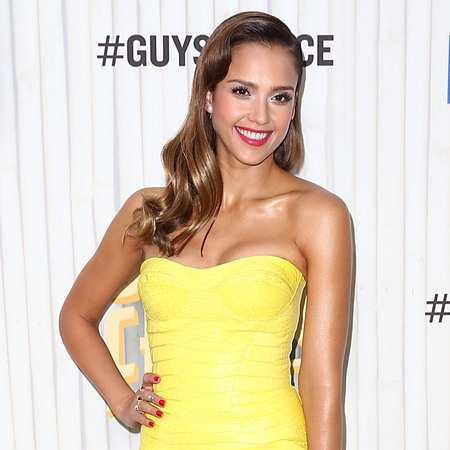 Jessica Alba wears yellow Versace dress at Spike TV Guys Choice Awards 2013