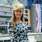 ROYAL ASCOT: Kim Sears brings back her Kate Middleton blowdry