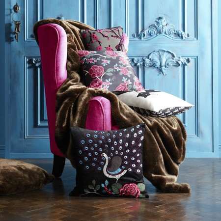Cushions, throws and chairs...Oh my!