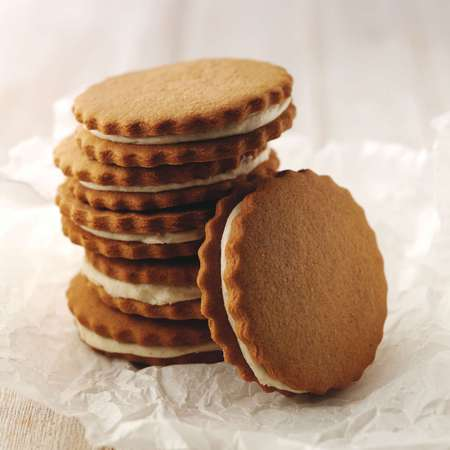 Posh custard cream biscuits recipe