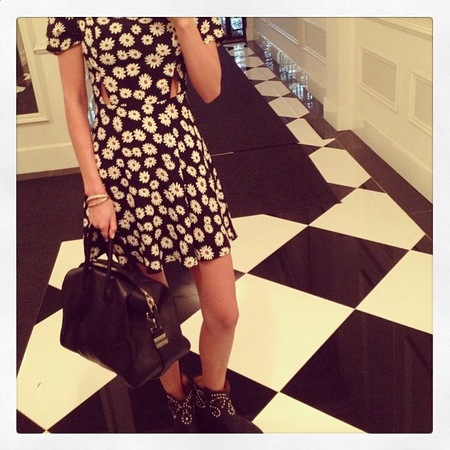 Miranda Kerr wears Topshop daisy dress