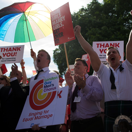 Gay marriage bill passes