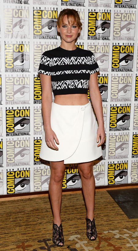 Jennifer Lawrence promos The Hunger Games: Catching Fire at Comic-Con 2013