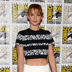 Jennifer Lawrence rocks a crop top at Comic-Con