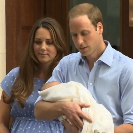 Kate Middleton and Prince William leave hospital with Prince of Cambridge