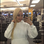 Amanda Bynes' friend speaks out