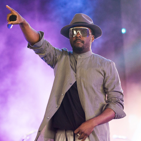 will.i.am performs on day 3 of the Yahoo! Wireless Festival 2013