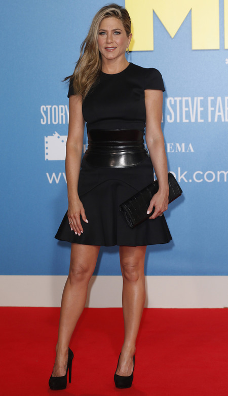 Jennifer Aniston in Alexander McQueen LBD at We're The Millers, Berlin