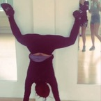 Vanessa White twerks upside down like Miley Cyrus