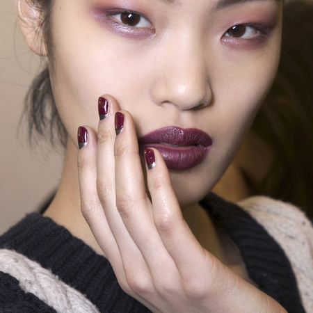 Silver and purple nails at Anthony Vaccarello