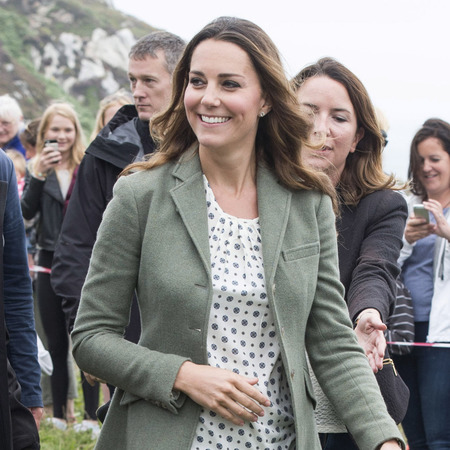 Kate Middleton attends Anglesey marathon in polka dots