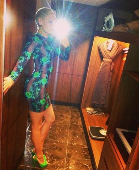 Jessie J flaunts Christopher Kane florals in Aus