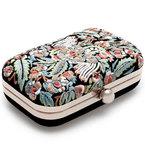 BAG LOVE: Zara embroidered box clutch