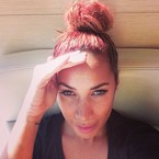 Leona Lewis dyes her hair bright cherry red