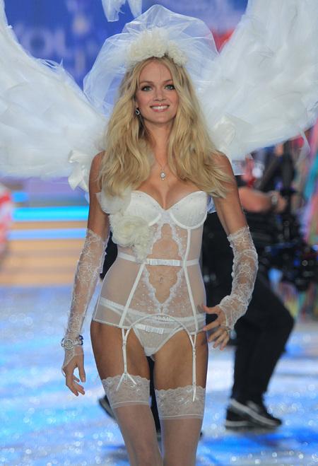 Lindsay Ellingson Victoria's Secret