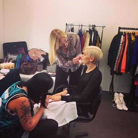 Jessie J backstage beauty at iTunes Festival 2013