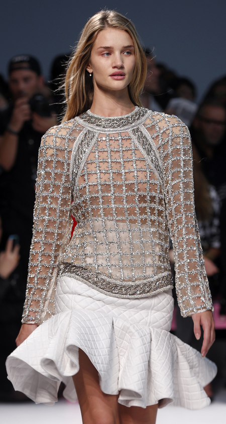 Rosie Huntington Whitely on the Balmain catwalk PFW