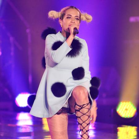 Rita Ora pom pom outfit Tokyo performance