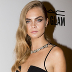 Cara Delevingne's smoky eye makeup and strong brows