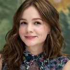 Carey Mulligan shows off long brown hair