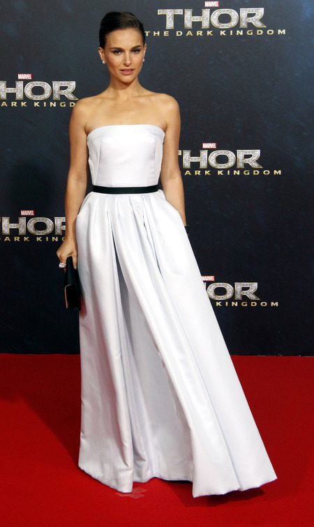Natalie Portman in Christian Dior dress