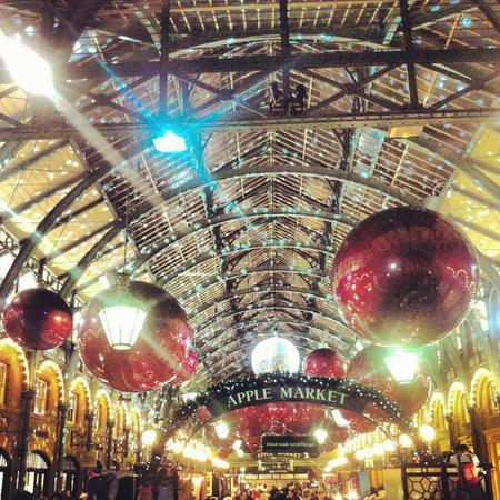 Christmas decorations and lights Covent Garden - free days out london